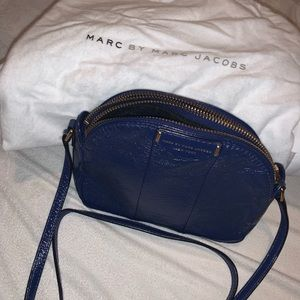Marc Jacobs crosses body bag
